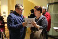 """Aleksandra Vasiļjeva izstādes """"Viktorijas laikmeta modes šarms"""" atklāšana"""