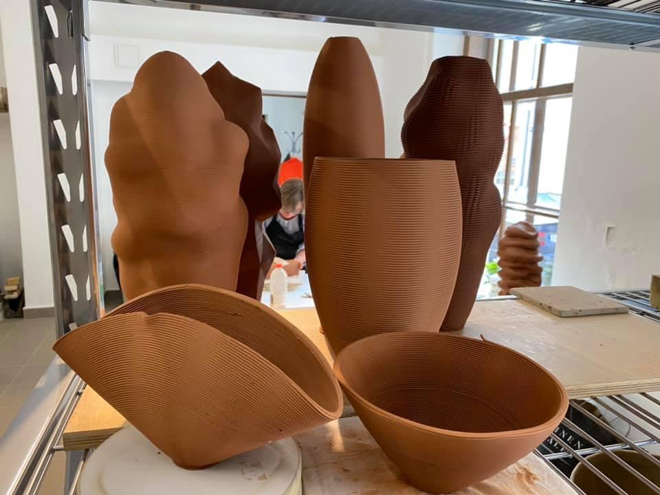 """Lekcija """"Meklējot ceļu. Māla 3D printēšanas pieredze Igaunijas Mākslas akadēmijā"""""""