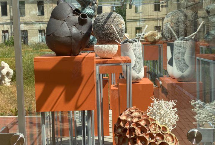 В Даугавпилсе стартовала творческая Лаборатория керамики 2021