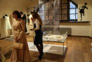 Alexandre Vassiliev exhibition – FASHION OF THE 60S OF THE 20TH CENTURY IN ART 11
