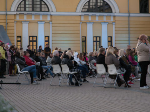 Solo concert by Diāna Paško at the Rothko Centre courtyard 7